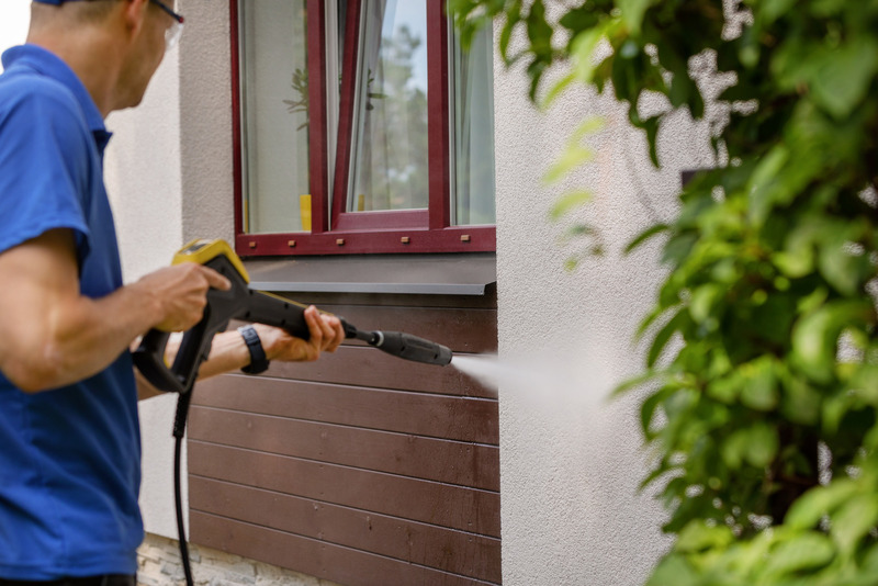 exterior pressure washing of house